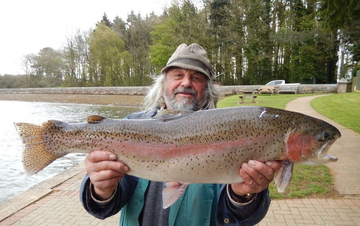 Trout fishing ravensthorpe reservoir anglian water parks for Colorado one day fishing license